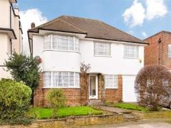 Detached House To Let  London Greater London W5