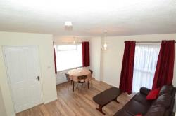 Semi Detached House To Let  Isleworth Middlesex TW7