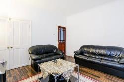 Detached House To Let  Wembley Middlesex HA0
