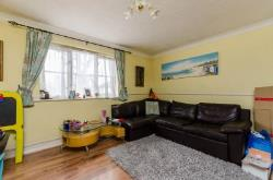 Detached House To Let  Perivale Middlesex UB6