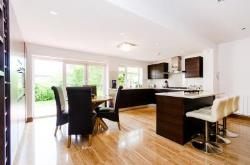 Detached House For Sale  Kingsbury Greater London NW9