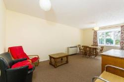 Flat To Let  Ealing Middlesex HA0