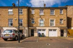 Terraced House To Let  Wembley Middlesex HA0