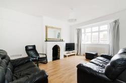 Terraced House To Let  Wembley Greater London NW10