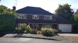 Detached House To Let  Sunninghill Berkshire SL5