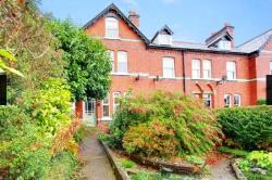 Terraced House To Let  Mold, Flintshire Flintshire CH7