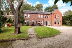 Detached House For Sale  LEEDS West Yorkshire LS7