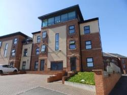 Flat For Sale ATHLONE GROVE LEEDS West Yorkshire LS12