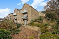 Flat For Sale WOODBOTTOM CLOSE BAILDON West Yorkshire BD17