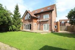 Detached House For Sale ULLESKELF TADCASTER North Yorkshire LS24