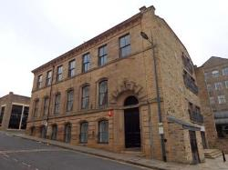 Flat To Let 8 BURNETT STREET BRADFORD West Yorkshire BD1