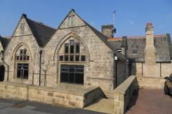 Other To Let RAWDON LEEDS West Yorkshire LS19