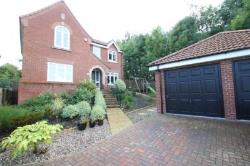 Detached House To Let PUDSEY LEEDS West Yorkshire LS28