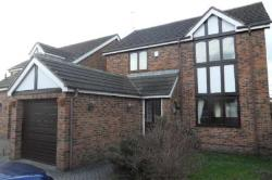 Detached House To Let RAWDON LEEDS West Yorkshire LS19