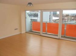 Flat To Let  NORTH STREET West Yorkshire LS2