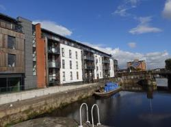Flat To Let NAVIGATION WALK CENTRAL WAKEFIELD West Yorkshire WF1