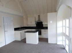 Flat To Let COMBS ROAD THORNHILL West Yorkshire WF12