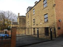 Flat To Let COMMERCIAL STREET MORLEY West Yorkshire LS27