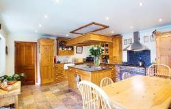 Detached House To Let  SOUTH MILFORD West Yorkshire LS25