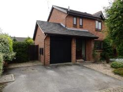 Detached House To Let  COLLINGHAM West Yorkshire LS22