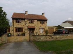 Detached House To Let COLLINGHAM WETHERBY West Yorkshire LS22