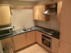 Flat To Let  Hale Greater Manchester WA15
