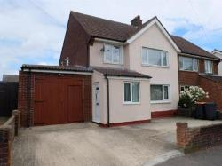 Semi Detached House To Let  Bedford Bedfordshire MK43
