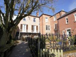 Flat To Let  Ashbourne Derbyshire DE6