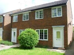 Semi Detached House To Let  Buckingham Buckinghamshire MK18