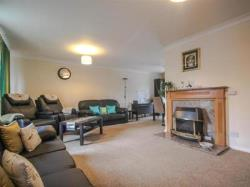 Semi Detached House For Sale  Cambridge Cambridgeshire CB3