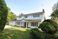 Detached House To Let  Chester Flintshire CH4