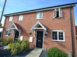 Semi Detached House To Let  CLACTON-ON-SEA Essex CO16