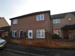 Terraced House To Let  COLCHESTER Essex CO3