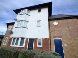 Flat To Let  COLCHESTER Essex CO3