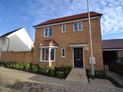 Detached House To Let  Colchester Essex CO4