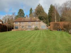 Detached House To Let  Shamley Green Surrey GU5