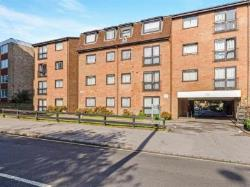 Flat For Sale  South Croydon Surrey CR2