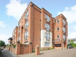 Flat For Sale  East Grinstead West Sussex RH19