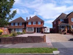 Detached House To Let  Eastbourne East Sussex BN20