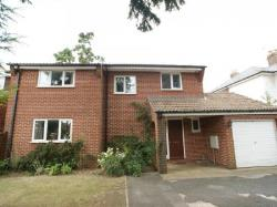Detached House To Let  Havant Hampshire PO9