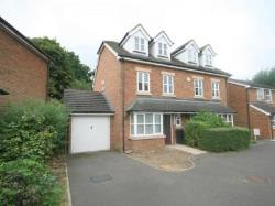 Semi Detached House To Let  Ewell Surrey KT17