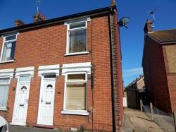 Semi Detached House To Let  Felixstowe Suffolk IP11