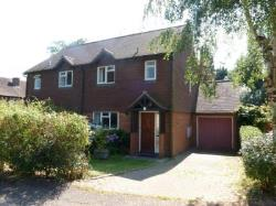 Semi Detached House To Let  Farnham Surrey GU9
