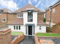 Detached House For Sale  Guildford Surrey GU2