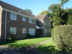 Flat To Let  Tylers Green Buckinghamshire HP10