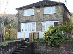 Semi Detached House To Let  Wooburn Green Buckinghamshire HP10