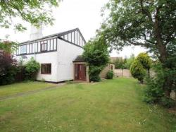 Semi Detached House To Let  Holywell Flintshire CH8