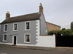 Detached House To Let  Buckden Cambridgeshire PE19