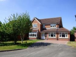 Detached House For Sale  Kenilworth Warwickshire CV8