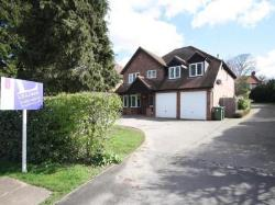Detached House To Let  Kenilworth Warwickshire CV8